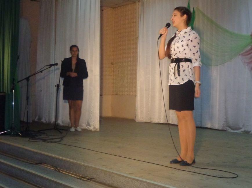 Быть здоровым очень просто: в Красноармейске завершился фестиваль аматорского творчества «Твоя жизнь – в твоих руках» (фото) - фото 6