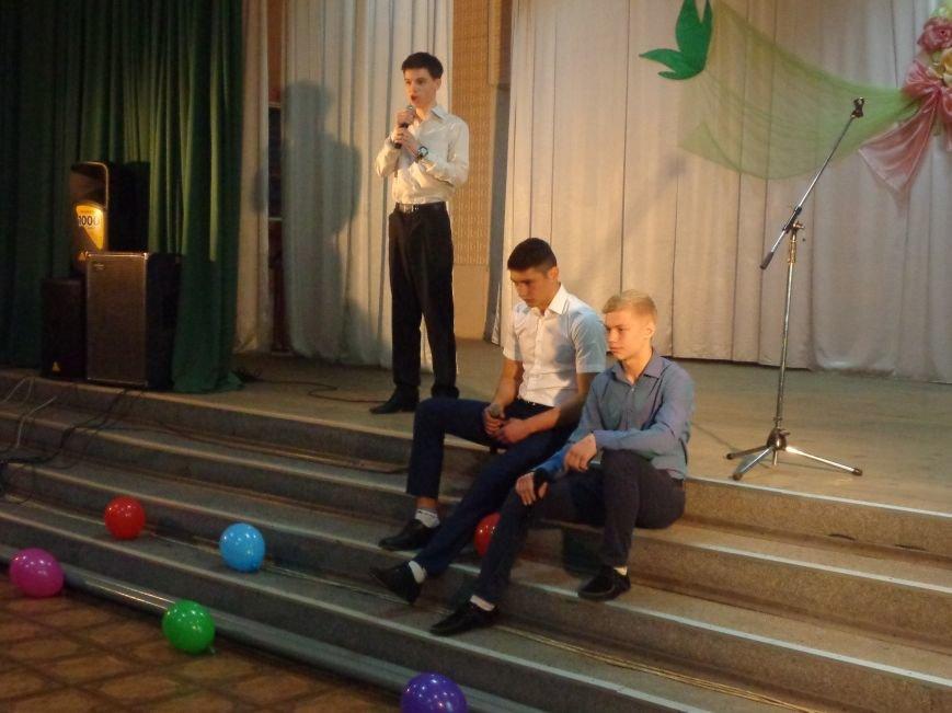 Быть здоровым очень просто: в Красноармейске завершился фестиваль аматорского творчества «Твоя жизнь – в твоих руках» (фото) - фото 11