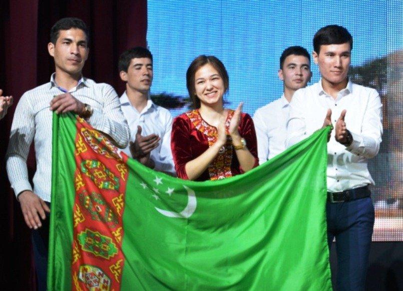 В Армавире туркменские студенты отметили Новруз Байрам (фото) - фото 1