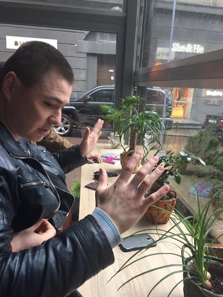 В Киеве задержали криминального авторитета при попытке дать взятку чиновнику Нацполиции (ФОТО), фото-5
