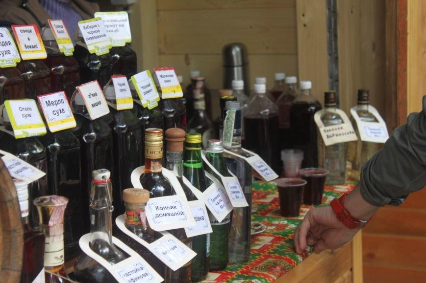 """""""Сакура-фест"""" в Ужгороді: яйця, діти і вино, фото-3"""