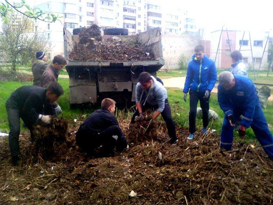 В Херсоне активные горожане убрали три стихийных свалки (фото) (фото) - фото 2