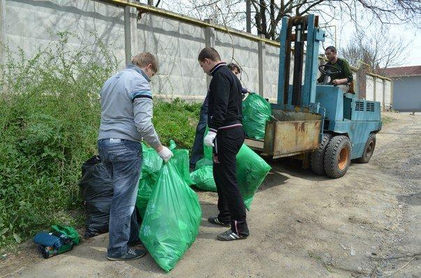 Разгребая горы мусора: одесситы сделают свой город чище и наряднее (ФОТО) (фото) - фото 2