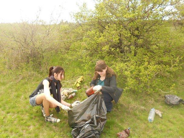 Разгребая горы мусора: одесситы сделают свой город чище и наряднее (ФОТО) (фото) - фото 11