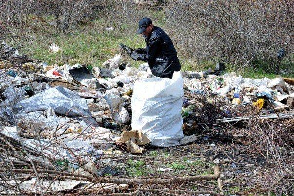 Разгребая горы мусора: одесситы сделают свой город чище и наряднее (ФОТО) (фото) - фото 12