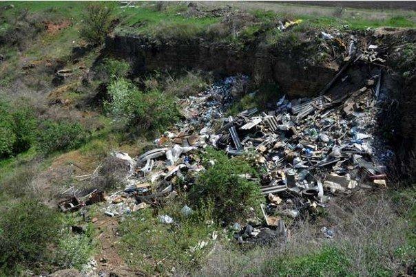 Разгребая горы мусора: одесситы сделают свой город чище и наряднее (ФОТО) (фото) - фото 3