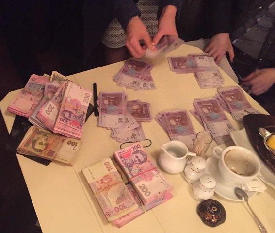 Известного криворожского криминального авторитета задержали в Киеве, когда он пытался дать взятку Илье Киве за