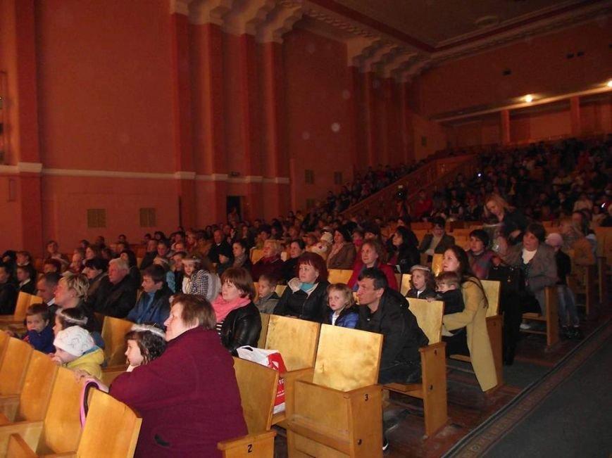 Міський голова Віктор Весельський взяв участь у творчому звіті ЗОШ №9 з нагоди 95-річчя заснування закладу (фото) - фото 1