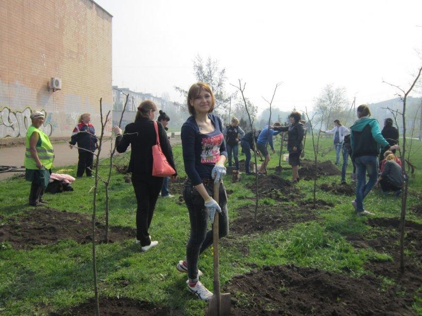 """""""Зеленые легкие Криворожья"""": студенты внесли вклад в сохранение чистой окружающей среды (ФОТО), фото-1"""