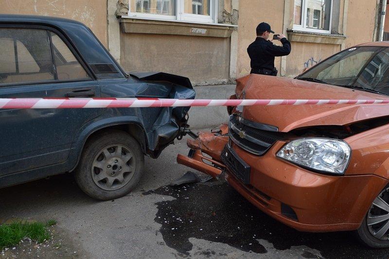 В Ужгороді на Собранецькій сталася аварія (Фото) (фото) - фото 1