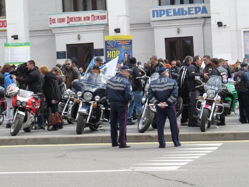 На дорогах Мариуполя появились байкеры (ФОТОРЕПОРТАЖ+ВИДЕО), фото-17