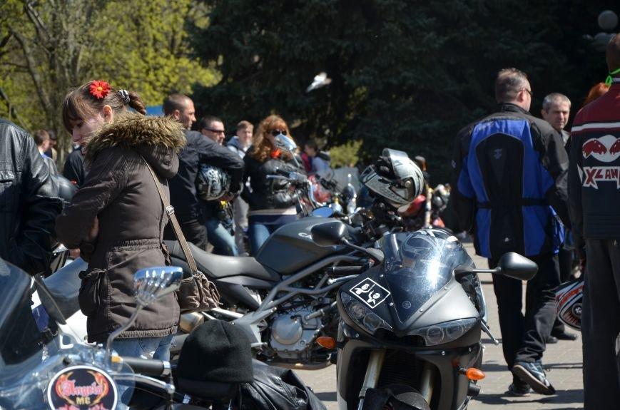 На дорогах Мариуполя появились байкеры (ФОТОРЕПОРТАЖ+ВИДЕО), фото-30