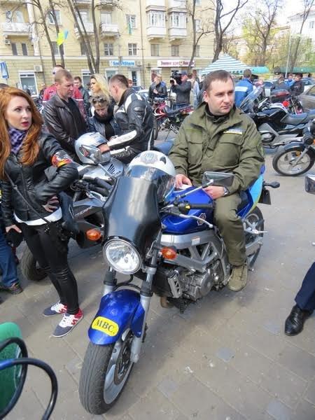 На дорогах Мариуполя появились байкеры (ФОТОРЕПОРТАЖ+ВИДЕО), фото-12