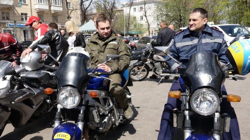 На дорогах Мариуполя появились байкеры (ФОТОРЕПОРТАЖ+ВИДЕО), фото-4