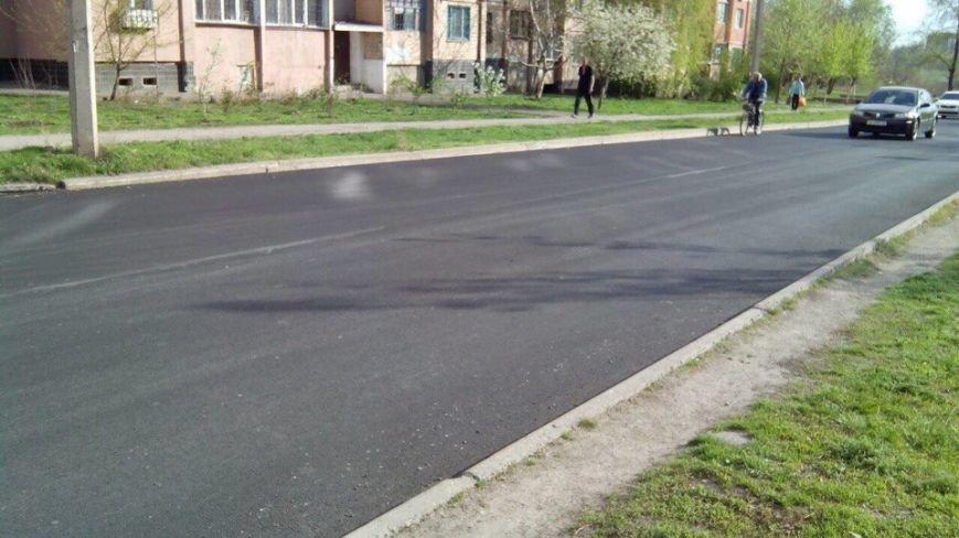 На Восточном завершили ремонтные работы на самых проблемных участках дороги и принялись за обустройство заездов (ФОТО) (фото) - фото 2