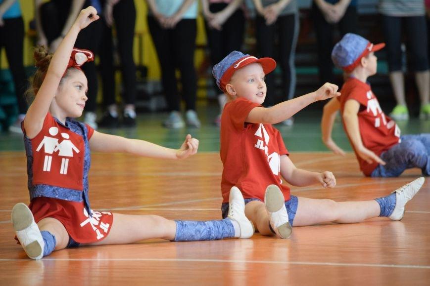 Балаковцы приняли участие в соревновательном марафоне по фитнесу (фото) - фото 2