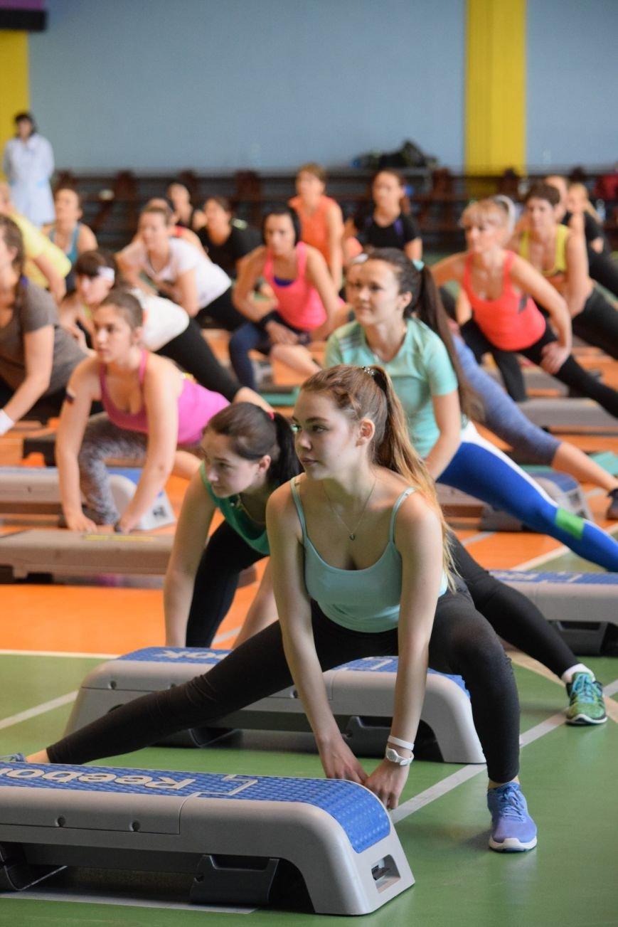 Балаковцы приняли участие в соревновательном марафоне по фитнесу (фото) - фото 3