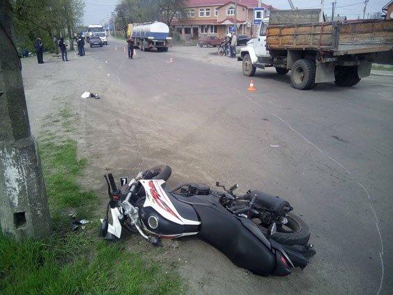 Дев'ятирічна сарненчанка загинула під колесами мотоцикла [ФОТО] (фото) - фото 1