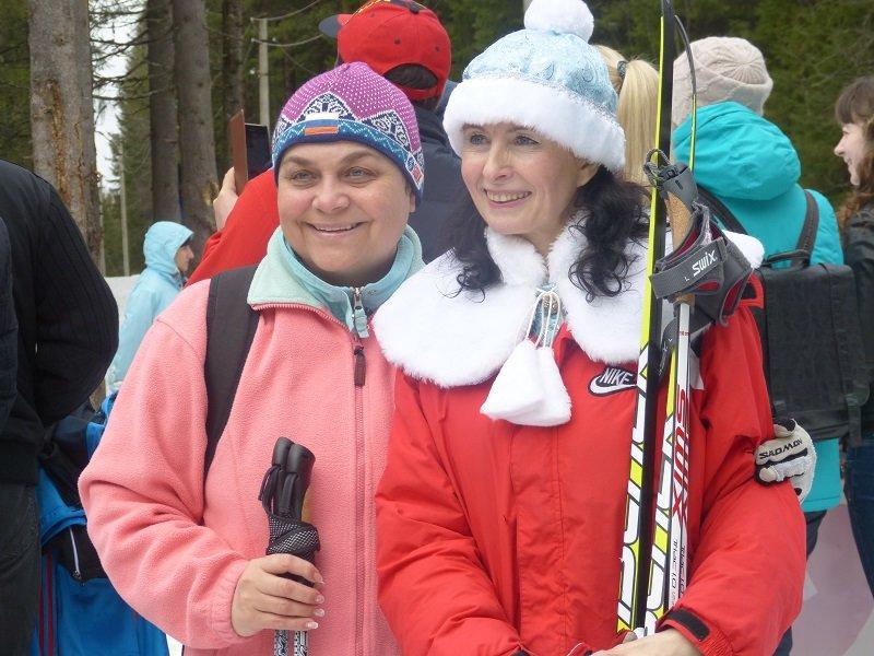 Бесштанные сыктывкарцы попрощались с лыжным сезоном (фото) - фото 1