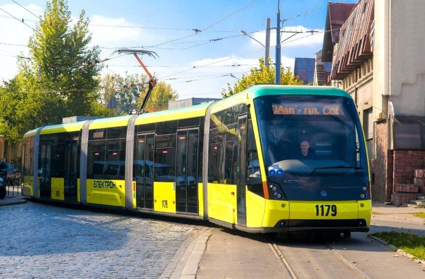 Де найдешевший проїзд в маршрутках, а де вигідніше користуватися трамваєм або тролейбусом, а може навіть таксі? (фото) - фото 1