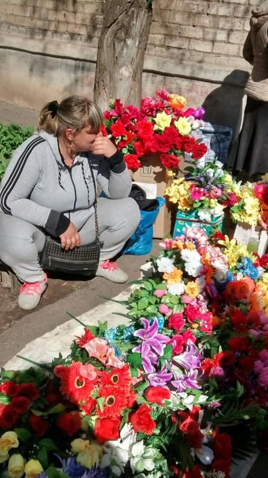 Мойва, семена, искусственные цветы и корзины: что продают в Кривом Роге в местах стихийной торговли (ФОТО), фото-3