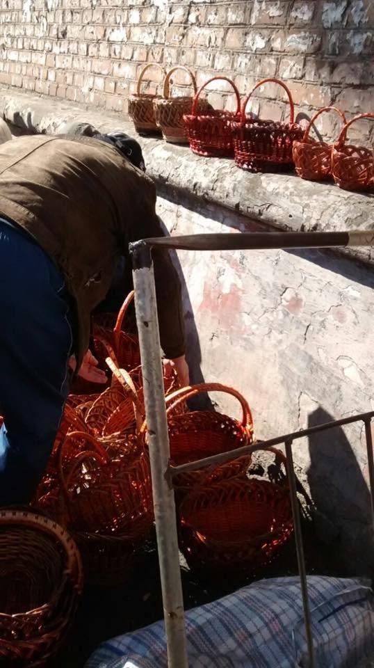 Мойва, семена, искусственные цветы и корзины: что продают в Кривом Роге в местах стихийной торговли (ФОТО), фото-4