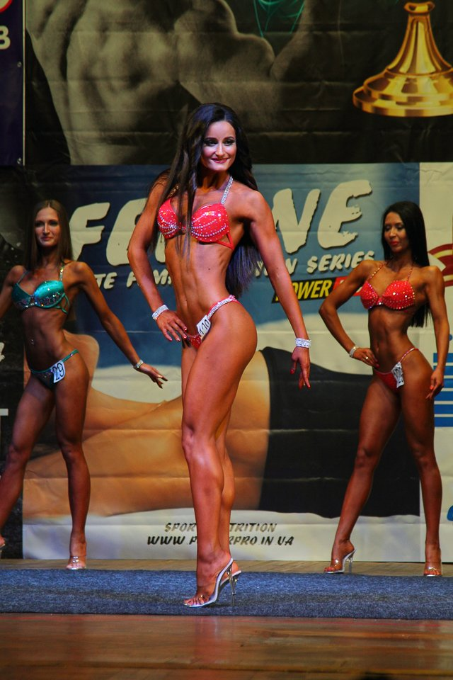 Горы мышц и красавицы в бикини: в Днепре прошел кубок по бодибилдингу и фитнесу (ФОТО, ВИДЕО), фото-21