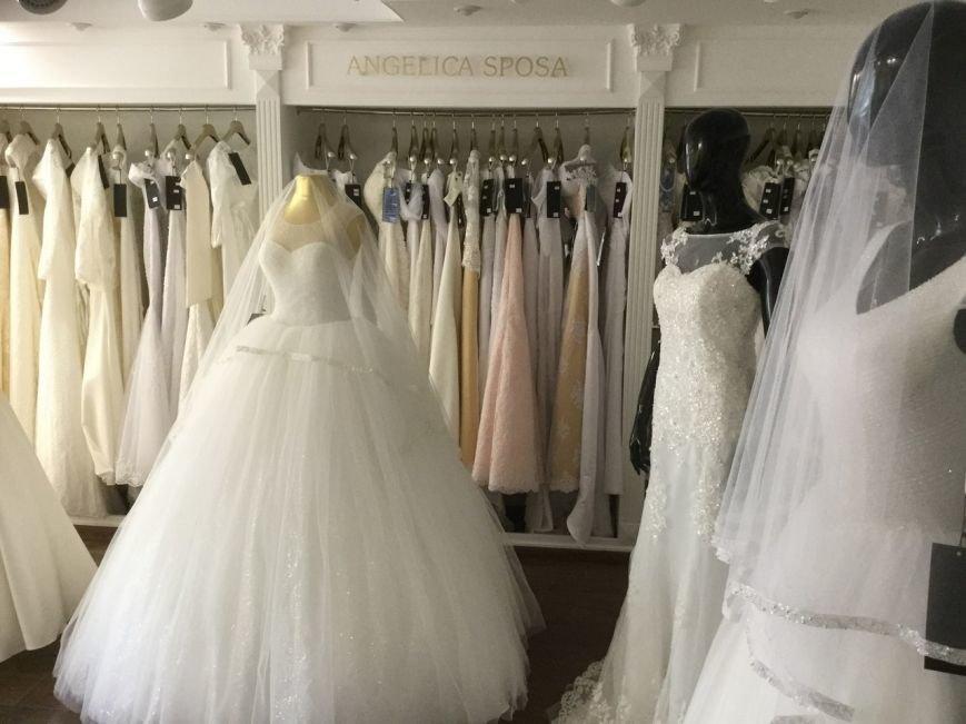Приглашаем Вас в новый элитный свадебный салон - Идеал! (фото) - фото 2