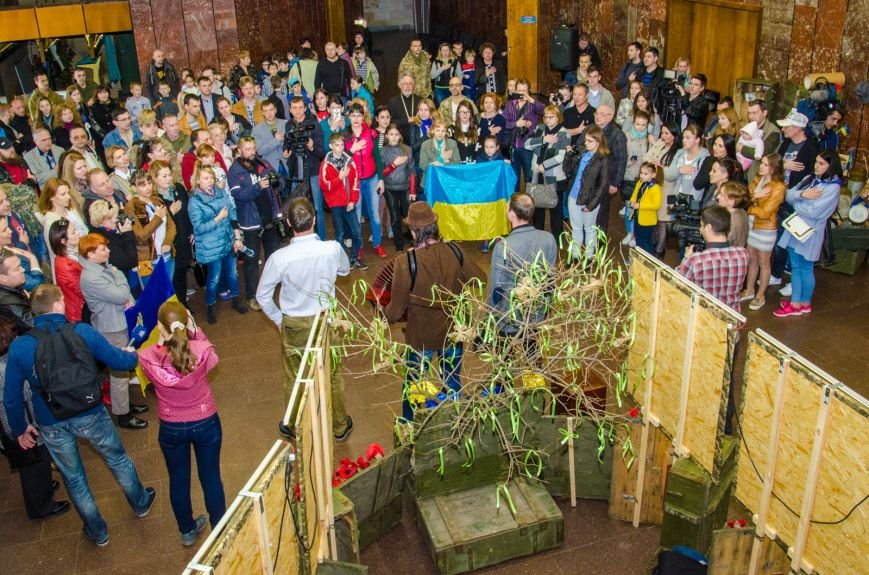 В Днепропетровске открыли самую большую в Украине выставку шевронов (ФОТО) (фото) - фото 1