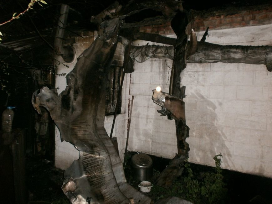 На выходных в Днепродзержинске произошло 6 пожаров (фото) - фото 2