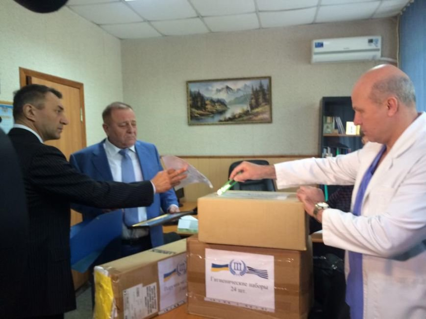 Олигарх Пантелис Бумбурас в Мариуполе доказывает, что в Греции любят украинский народ (ФОТО,ВИДЕО), фото-2