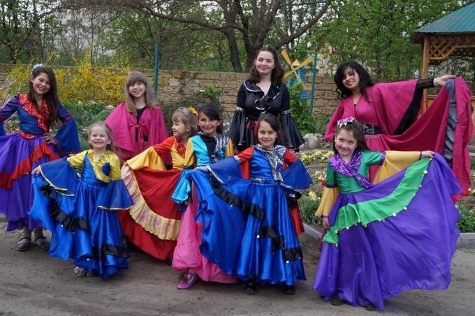 На Херсонщині відзначили Всесвітній день ромів (фото) (фото) - фото 1