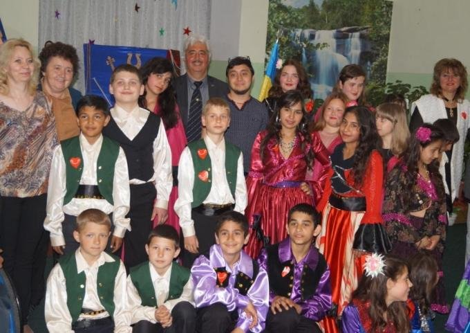 На Херсонщині відзначили Всесвітній день ромів (фото) (фото) - фото 3