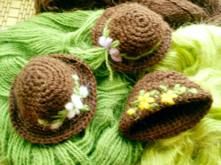 Уманська майстриня прикрашає  великодні яйця капелюшками (ФОТО), фото-1