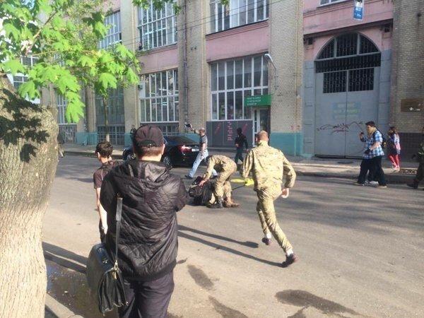 Участники «оппозиционного правительства» вырвались из блокады активистов: есть пострадавшие (ФОТО) (фото) - фото 1