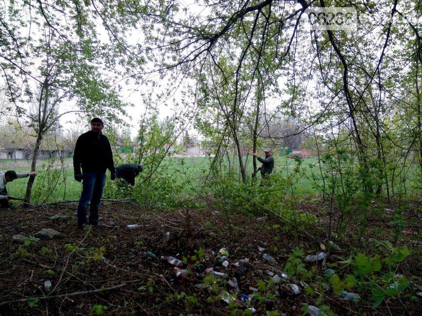 В Авдеевке прошел общегородской субботник (ФОТО) (фото) - фото 1
