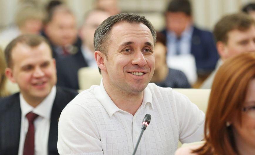 Аксёнов встретился с молодыми законодателями при Совете Федерации Федерального Собрания РФ (ФОТО) (фото) - фото 1