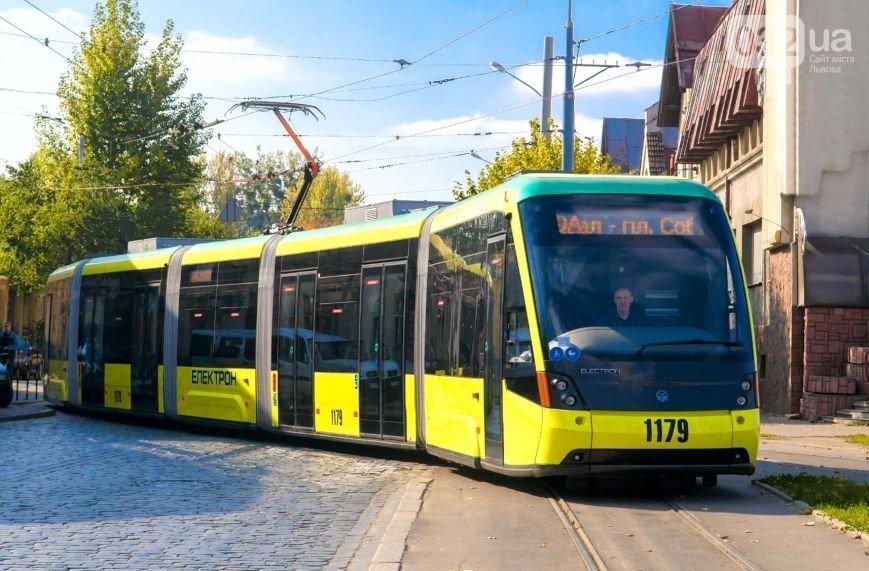 Де найдешевший проїзд в маршрутках, а де вигідніше користуватися трамваєм або тролейбусом, а може навіть таксі (фото) - фото 1