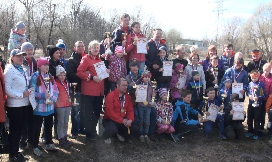 В городе Пушкине прошли соревнования по спортивному ориентированию среди семейных команд (фото) - фото 1