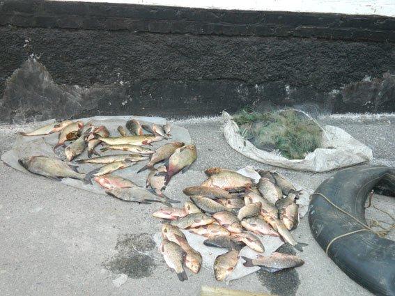 На Днепродзержинском водохранилище поймали браконьеров (фото) - фото 4