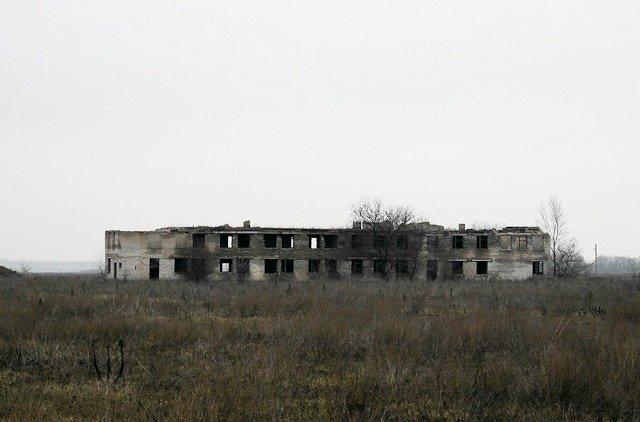 Зона отчуждения: Мертвый военный городок и кладбище самолетов под Днепропетровском (ФОТО) (фото) - фото 26