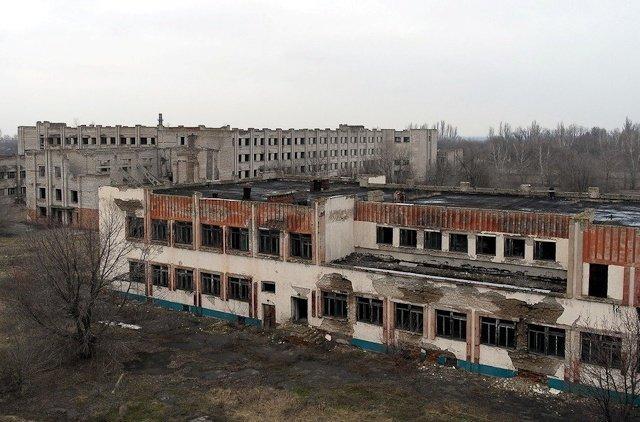 Зона отчуждения: Мертвый военный городок и кладбище самолетов под Днепропетровском (ФОТО) (фото) - фото 12