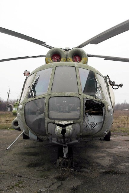 Зона отчуждения: Мертвый военный городок и кладбище самолетов под Днепропетровском (ФОТО) (фото) - фото 36
