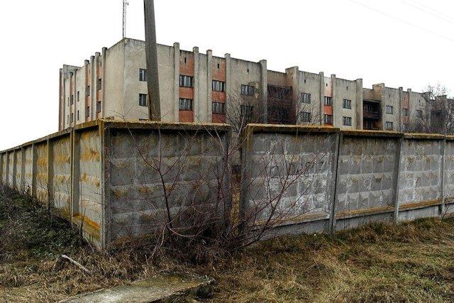 Зона отчуждения: Мертвый военный городок и кладбище самолетов под Днепропетровском (ФОТО) (фото) - фото 6