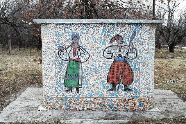 Зона отчуждения: Мертвый военный городок и кладбище самолетов под Днепропетровском (ФОТО) (фото) - фото 2
