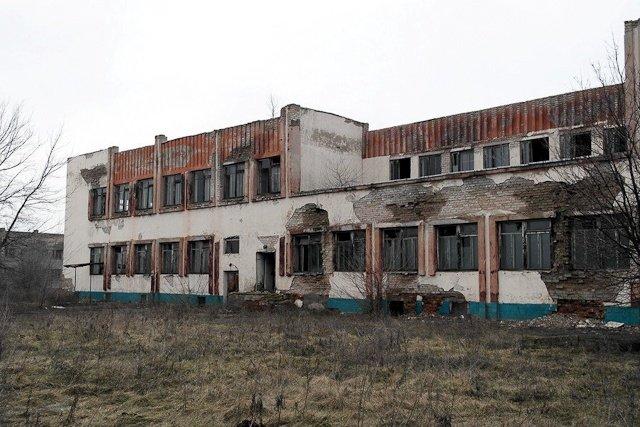 Зона отчуждения: Мертвый военный городок и кладбище самолетов под Днепропетровском (ФОТО) (фото) - фото 21