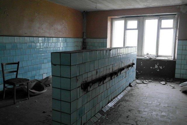 Зона отчуждения: Мертвый военный городок и кладбище самолетов под Днепропетровском (ФОТО) (фото) - фото 16