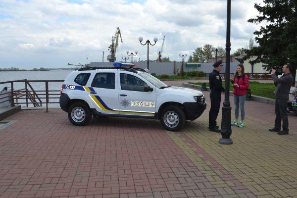 У Черкасах представили першу в Україні водну патрульну поліцію (ФОТО, ВІДЕО) (фото) - фото 1
