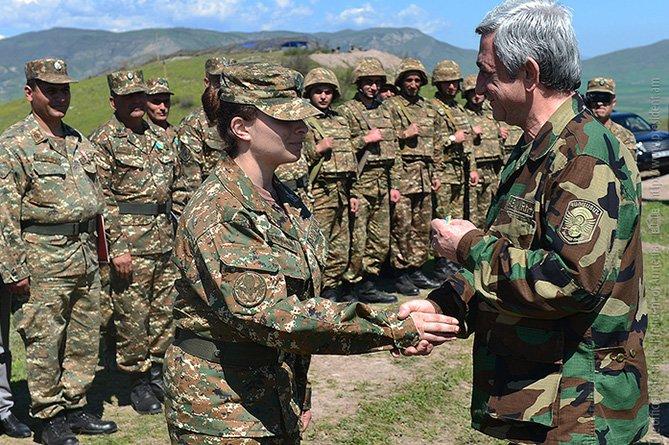 Президенты Армении и Нагорного Карабаха наградили военнослужащих за защиту государственной границы НКР (фото) - фото 2