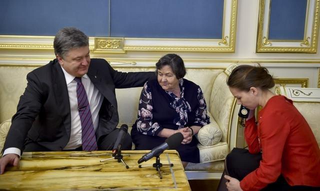 Надежда Савченко согласилась прекратить голодовку (ФОТО, ВИДЕО) (фото) - фото 1